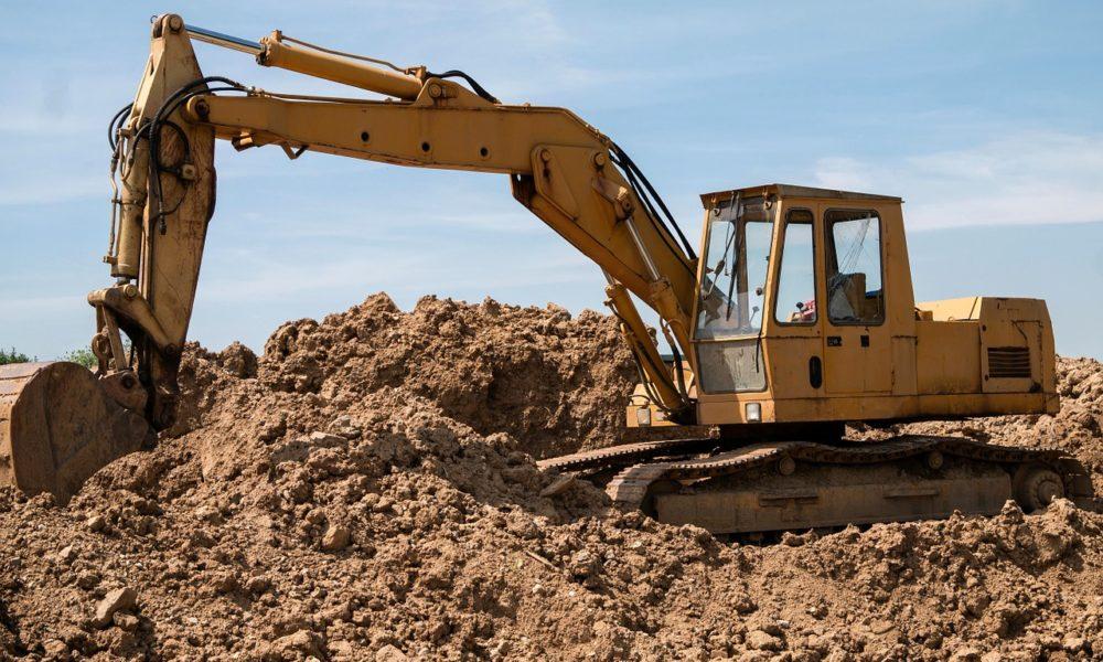 Niejednokrotnie zanim rozpoczniemy budowę swojego wymarzonego domu, na dopiero co nabytej działce